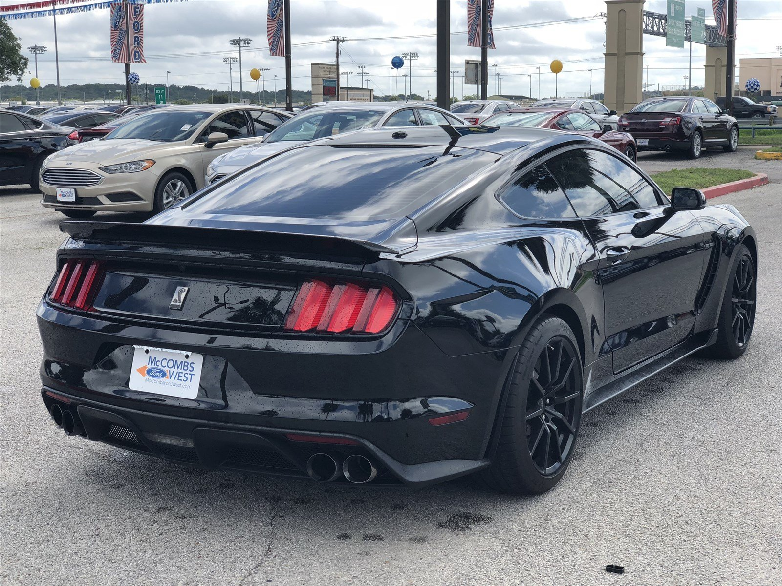 Pre Owned 2017 Ford Mustang Shelby GT350 Coupe in San Antonio