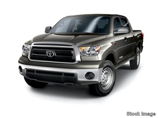 Pre-Owned 2011 Toyota Tundra 2WD Truck CREW 2WD V8 4.6 G