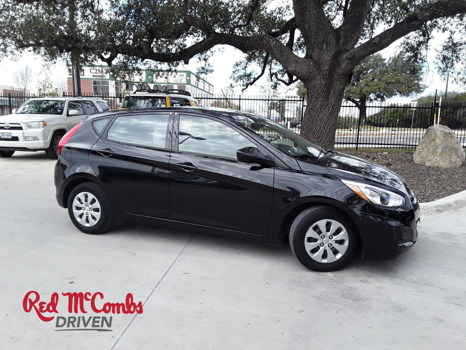 Pre Owned 2017 Hyundai Accent Se Hatchback In San Antonio 30180