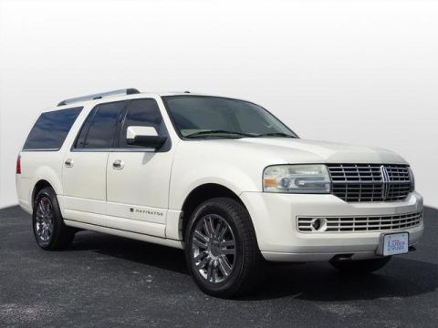 Pre-Owned 2008 Lincoln Navigator L