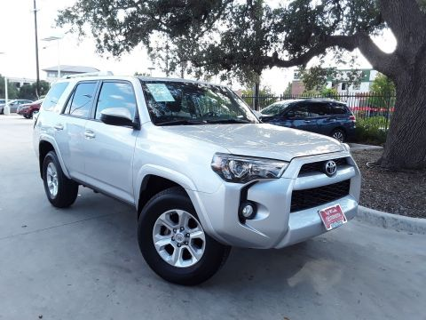 Pre-Owned 2018 Toyota 4Runner SR5 w/ 3rd row